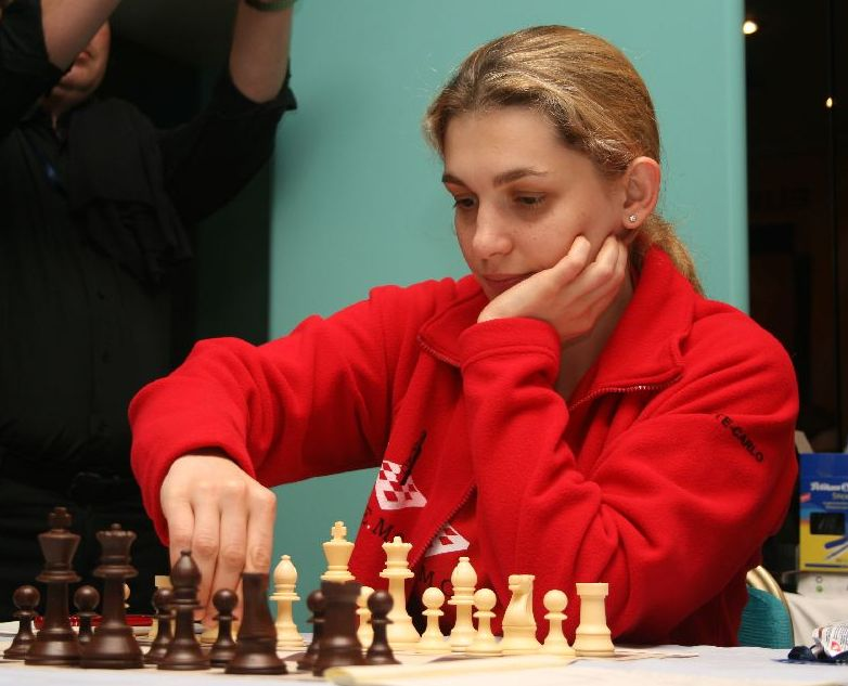 The captain of Monte Carlo Chess Club IM Almira Skripchenko contributed to the second round victory of her team against Economic Saratov with an individual win.