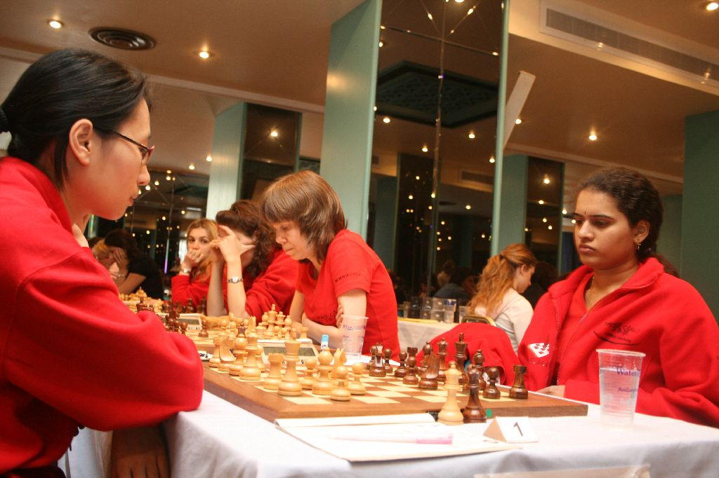 Monte Carlo Chess Club is on the way to win their second consecutive European club title. GM Humpy Koneru helped her team by winning against the Hungarian GM Thanh Trang Hoang.