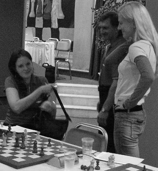 IM Zatonskih was happy to lead her team EPAM to victory agains MIKA Yerevan. Immediately after the game, WGM Sharevich was there to congratulate her.