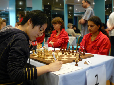 Hou Yifan and Humpy Koneru faced each other in the match between Spartak Vidnoe and Cercle d'Echecs Monte Carlo (which ended as a draw).